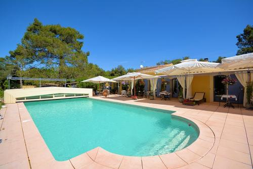 Bed & Breakfast met zwembad in Menerbes in de Luberon